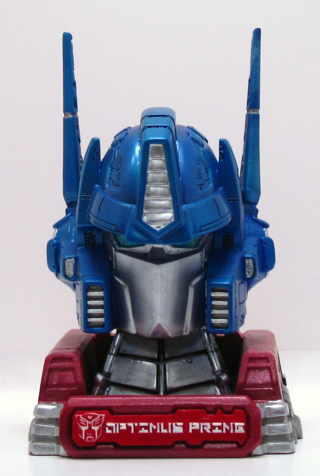 Optimus Prime Head Bust - Reflector @ TFW2005  Optimus Prime H...