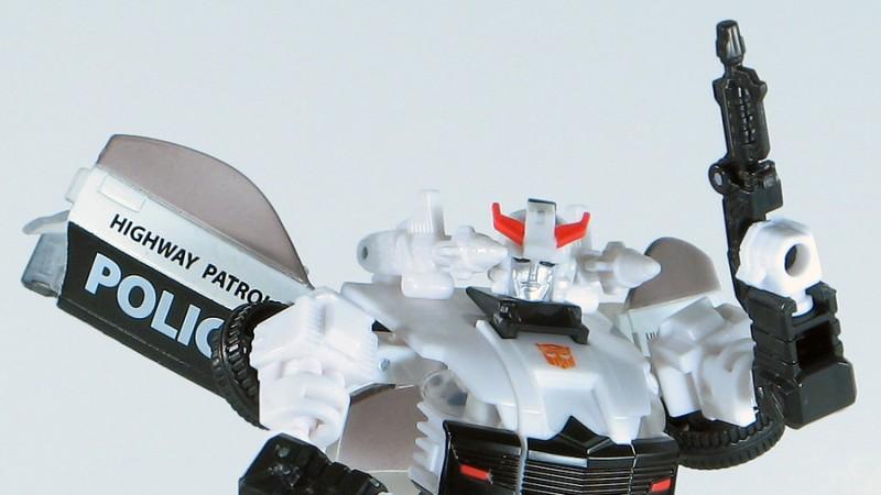 Classics Prowl Robot 11.jpg