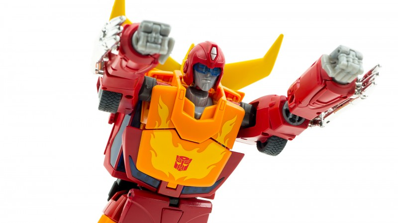 Hasbro Masterpiece Hot Rod 13.jpg