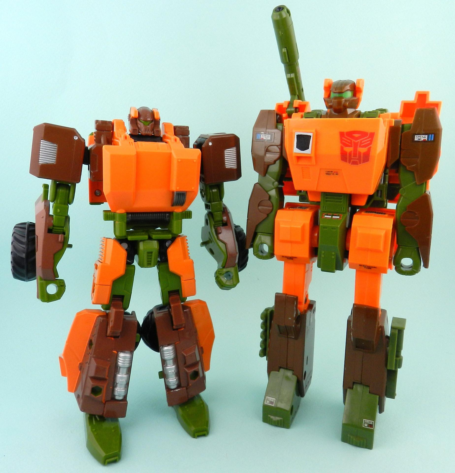roadbuster-with-generation-1-roadbuster-robot-1-jpg.jpg