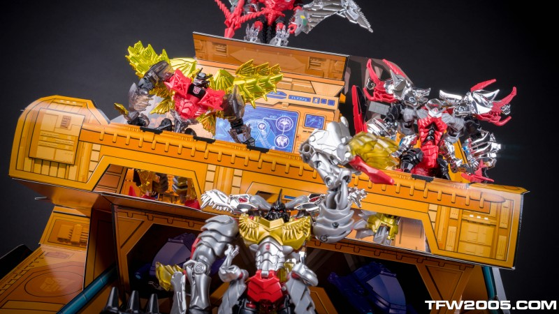 SDCC Dinobots 103.jpg
