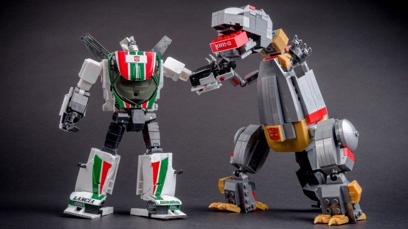 Masterpiece Wheeljack MP20 063.jpg