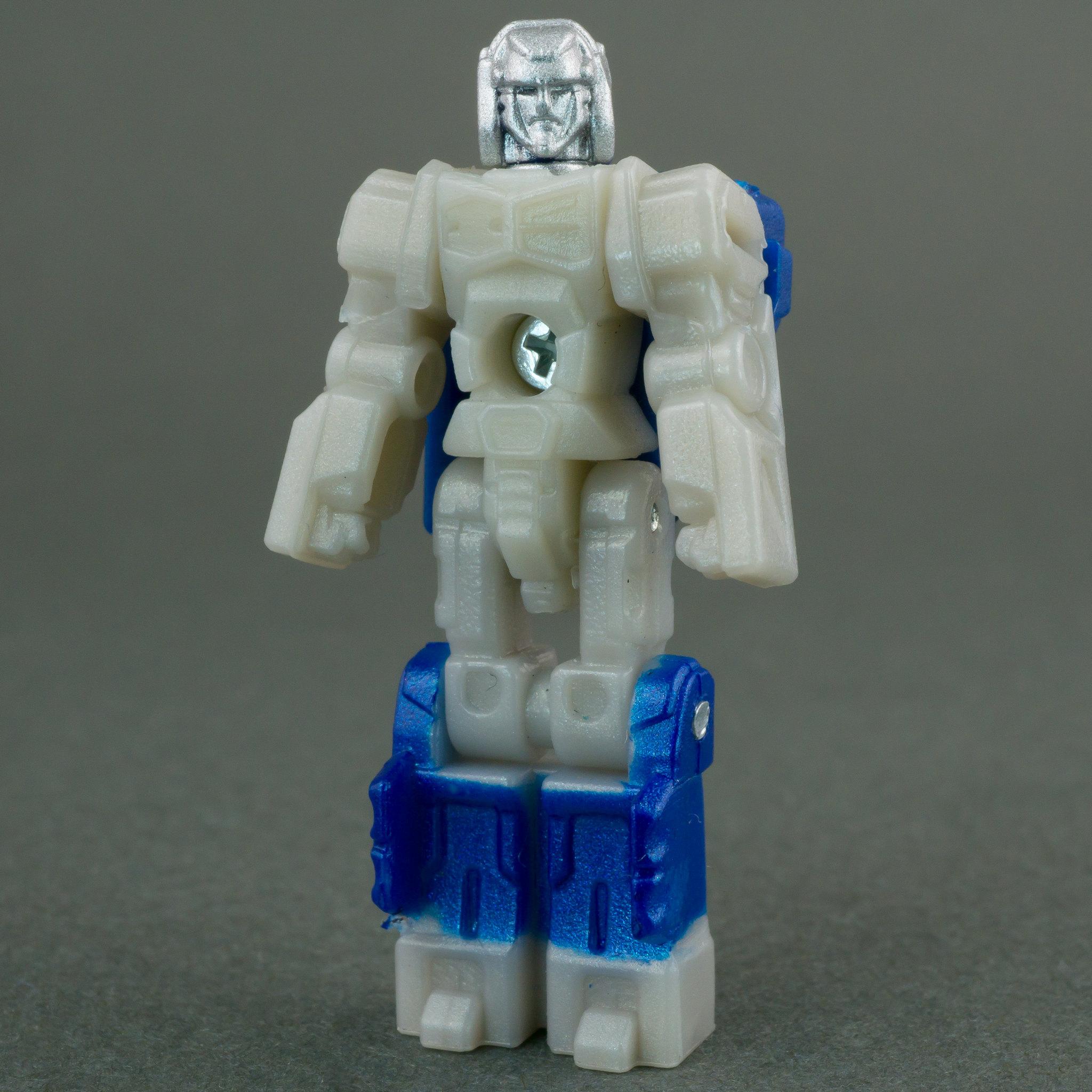 TFW's Titans Return Voyager Optimus Prime Photoshoot