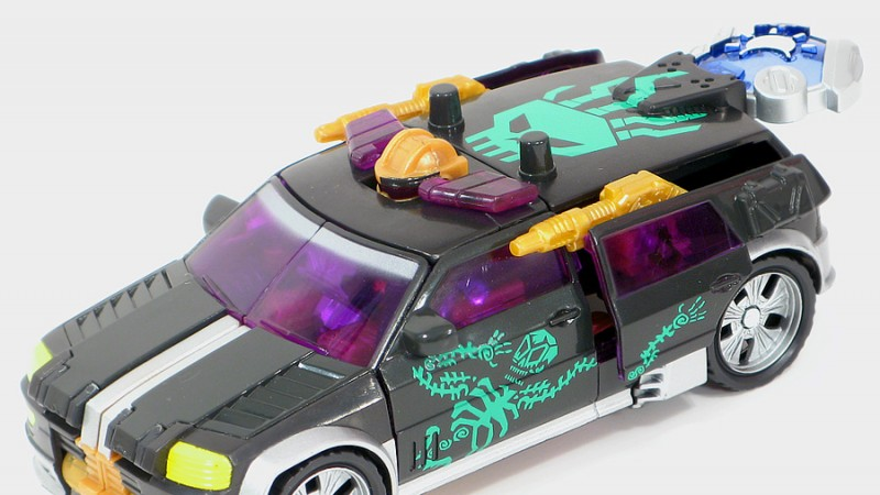 Cybertron_Cannonball_Car_10