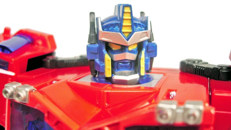Cybertron_Optimus_Prime_13_