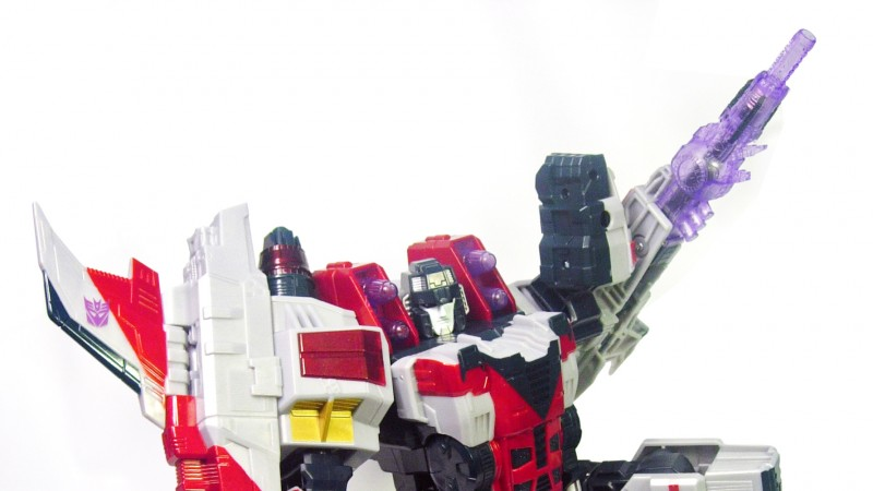 Cybertron_Supreme_Starscream_10_