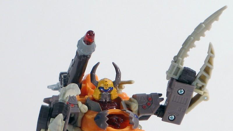Cybertron_Unicron_Robot_10