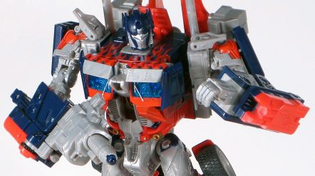 Movie_Leader_Optimus_Prime_Robot_15