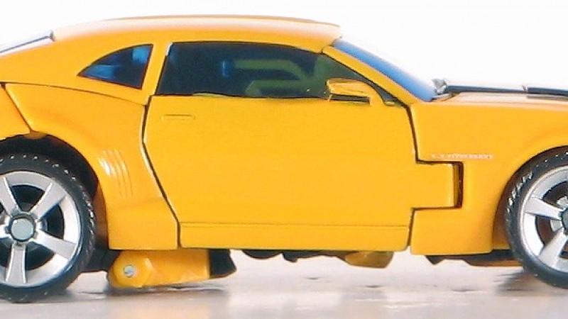 Transformers_Movie_Bumblebee_08_Camaro_Car_1