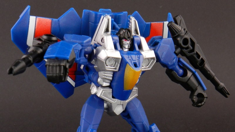 Thundercracker Robot 14.jpg