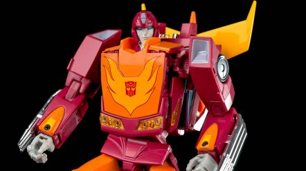 MP-28 Hot Rodimus 030.jpg
